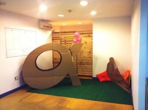 logo alfacamp cartón